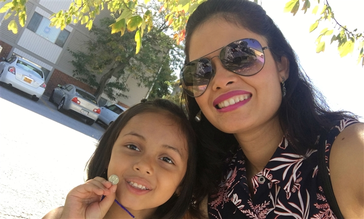 Photo of Sangita Thapa and daughter